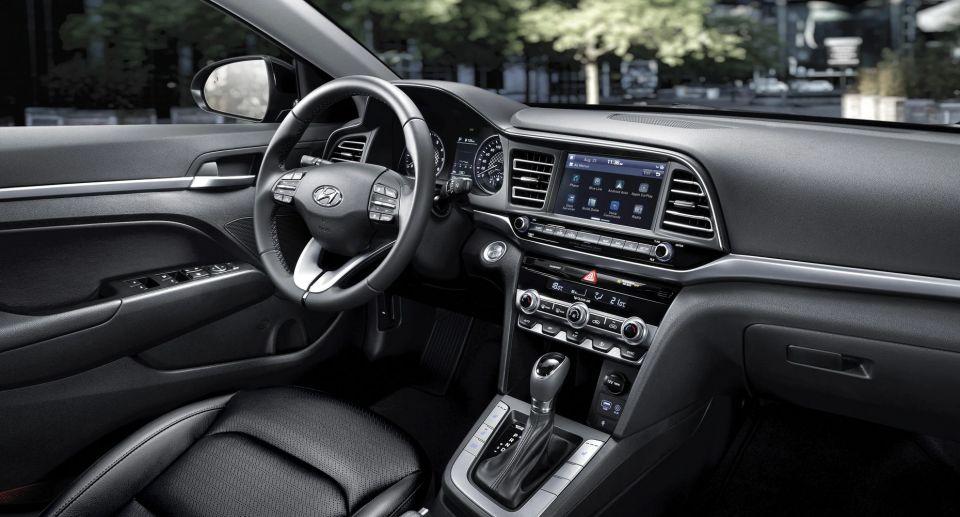 Hyundai Elantra GT 2020